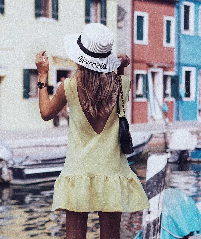 YELLOW DRESS | BURANO ISLAND