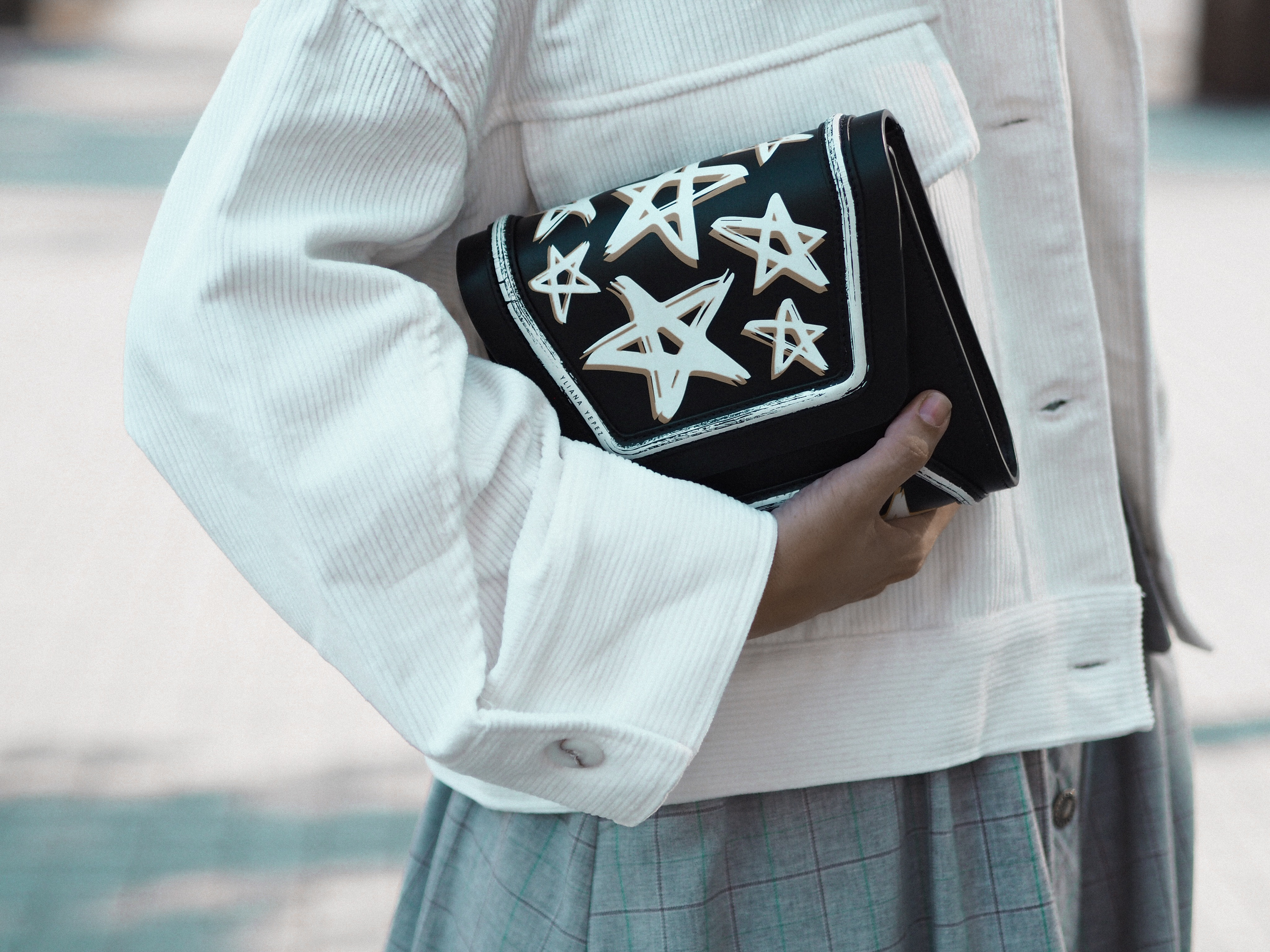 Yliana Yepez dream bag. Casual chic look by fashion blogger Monica Sors